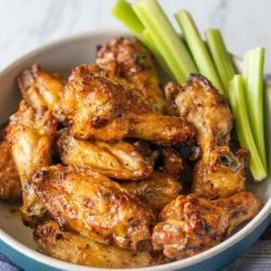 Easy Air Fried Chicken Wings in Air Fryer | AirFryerWorld.com