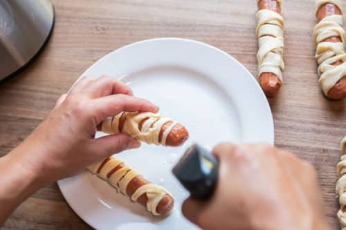 Spray Ends of Hot Dogs