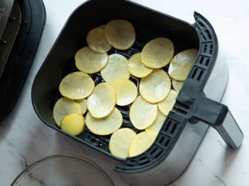 Single Layer Potato slices in air fryer