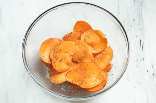 Season sweet potato slices
