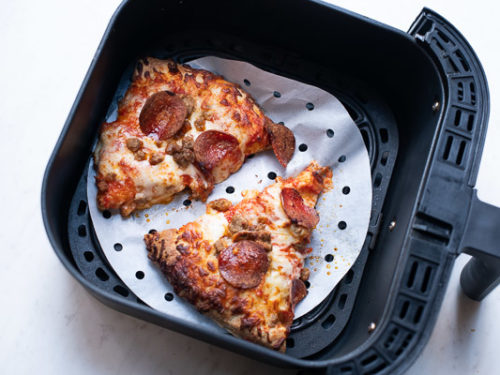 Reheated pizza in air fryer
