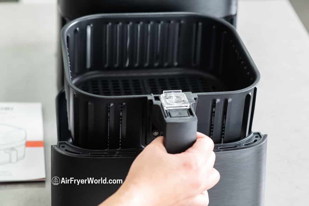 Review Cosori Wifi Air Fryer on AirFryerWorld.com